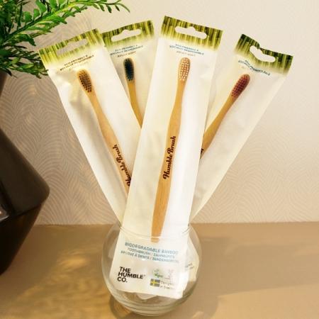 Escova dental de bamboo - The Humble Co.- Arte da Cosmética