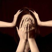 Óleos essenciais para dor de cabeça e/ou enxaqueca - Arte da Cosmética